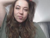 Nu live hete webcamsex met Hollandse amateur  honeydrop?