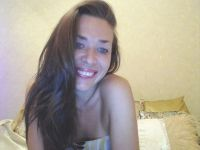 Nu live hete webcamsex met Hollandse amateur  kasandrajoy?