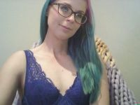Nu live hete webcamsex met Hollandse amateur  savannagirl?