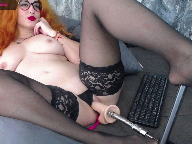 Nu live hete webcamsex met Hollandse amateur  tinacream?